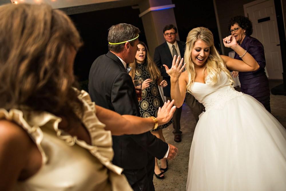 Mallory-Jason-115-St-Johns_Golf-&-Country-Club-St-Augustine-Wedding-Photographer-Stout-Photography