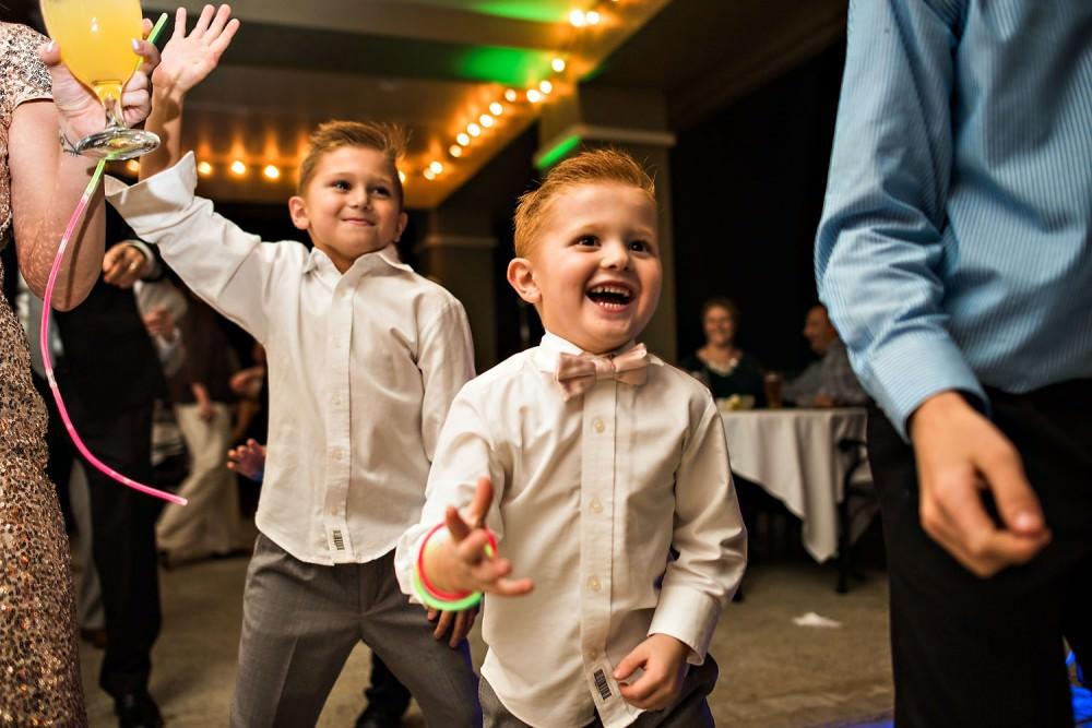 Mallory-Jason-119-St-Johns_Golf-&-Country-Club-St-Augustine-Wedding-Photographer-Stout-Photography