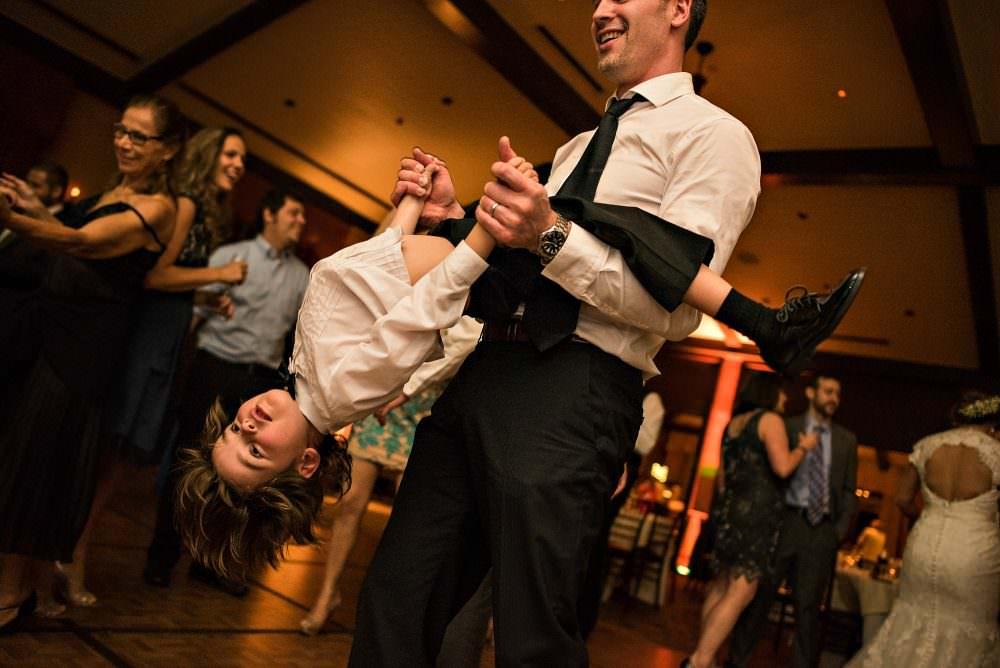 Joanna-Greg-116-TPC-Sawgrass-Ponte-Vedra-Jacksonville-Wedding-Photographer-Stout-Photography