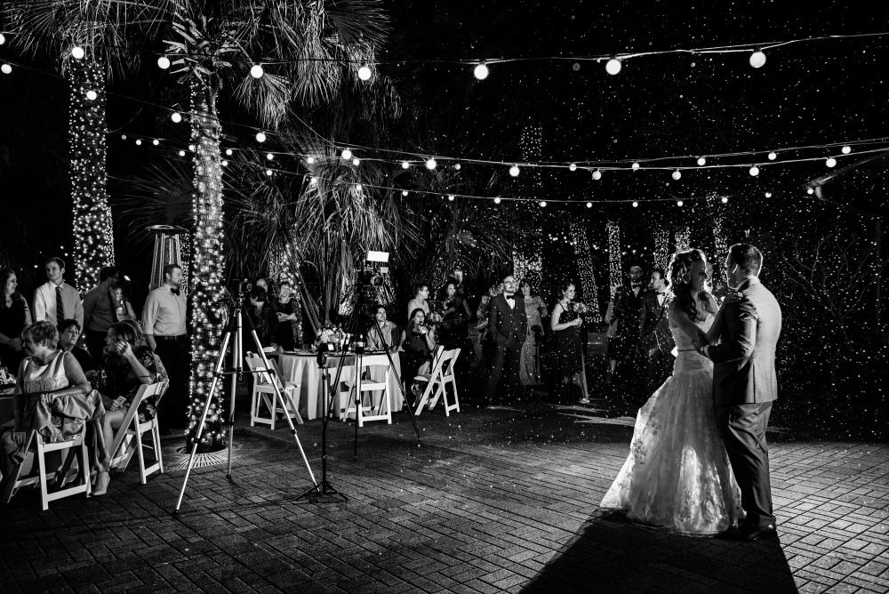 Mindy-Mike-83-Jacksonville-Zoo-And-Gardens-Wedding-Photographer-Stout-Photography