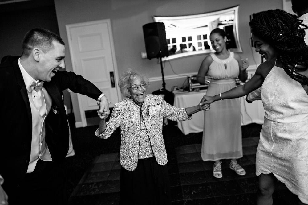 Yasmin-Lloyd-102-Queens-Harbor-Yacht-Club-Jacksonville-Wedding-Photographer-Stout-Photography