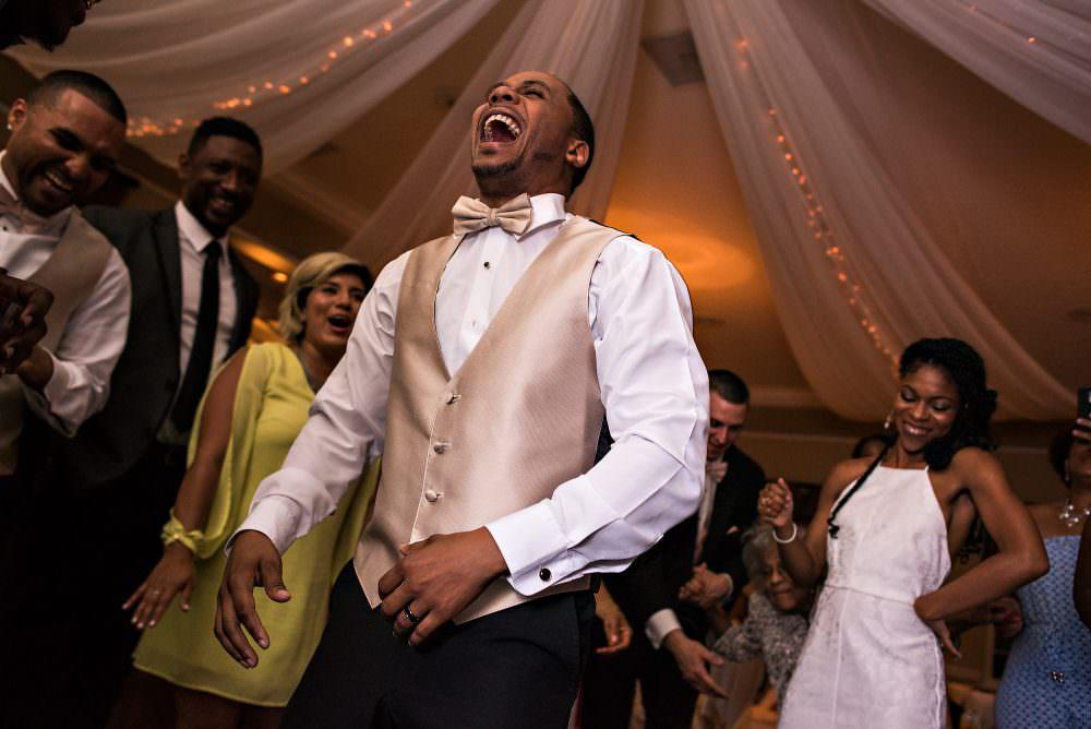 Yasmin-Lloyd-105-Queens-Harbor-Yacht-Club-Jacksonville-Wedding-Photographer-Stout-Photography
