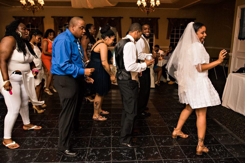 Yasmin-Lloyd-121-Queens-Harbor-Yacht-Club-Jacksonville-Wedding-Photographer-Stout-Photography