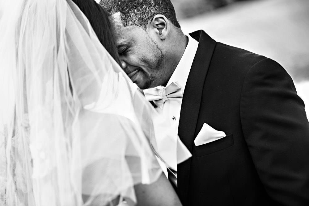 Yasmin-Lloyd-43-Queens-Harbor-Yacht-Club-Jacksonville-Wedding-Photographer-Stout-Photography