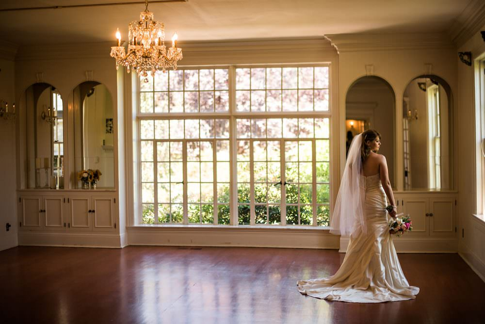 Stephanie-Cody-14-The-Monte-Verde-Inn-Sacramento-Wedding-Photographer-Stout-Photography