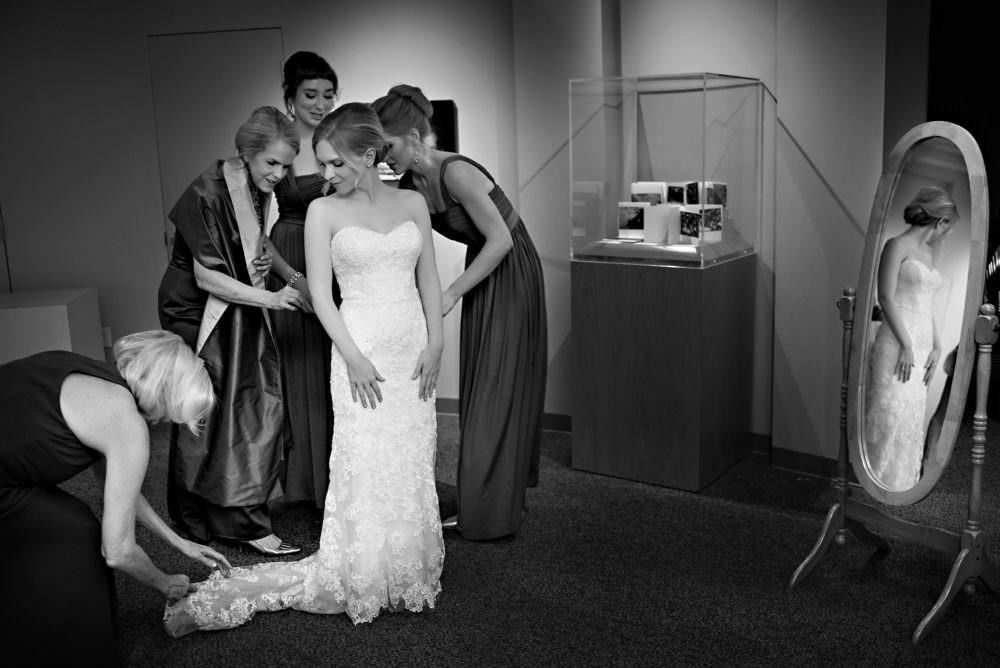 Alexandra-Phillip-2-The-Cummer-Art-Museum-Jacksonville-Wedding-Photographer-Stout-Photography
