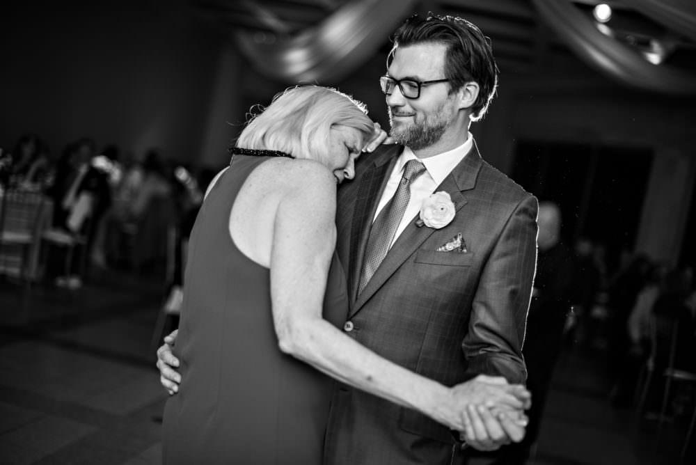 Alexandra-Phillip-64-The-Cummer-Art-Museum-Jacksonville-Wedding-Photographer-Stout-Photography