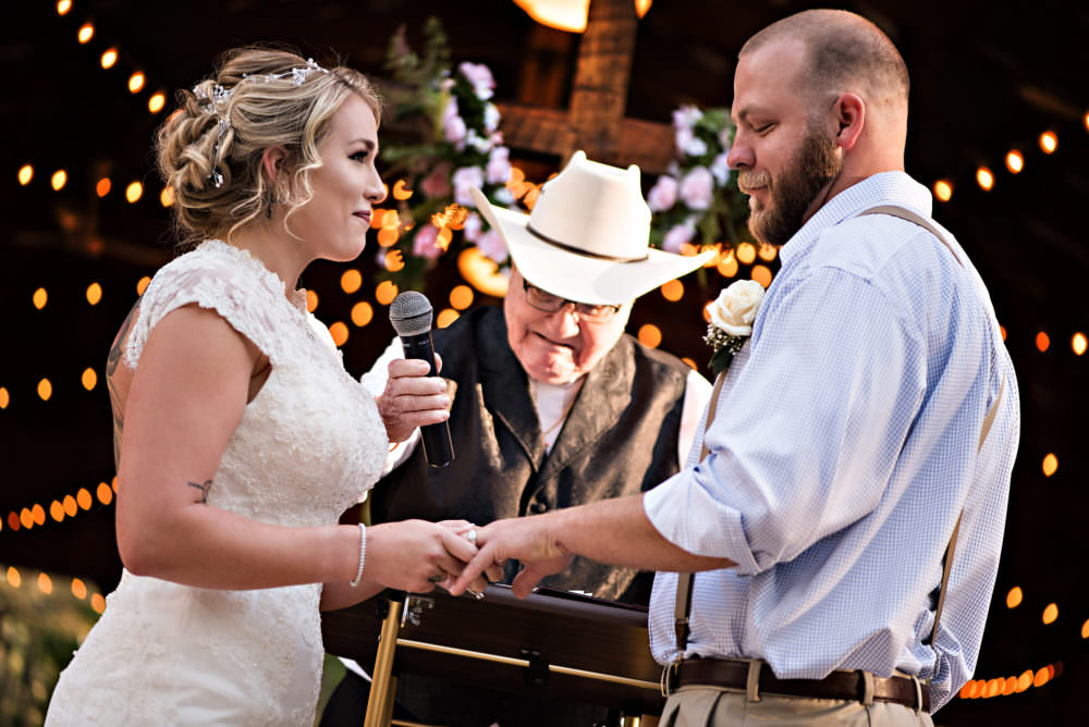 Chelsea-Tj-57-Diamond-D-Ranch-Jacksonville-Wedding-Photographer-Stout-Photography