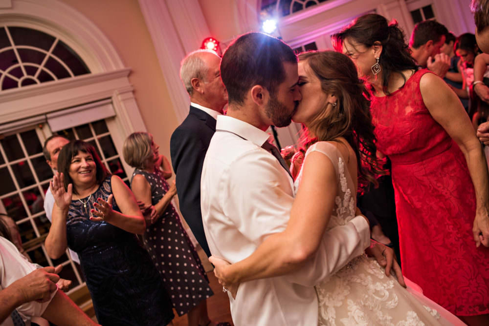Shauna-Andrew-165-The-Vizscaya-Sacramento-Wedding-Photographer-Stout-Photography