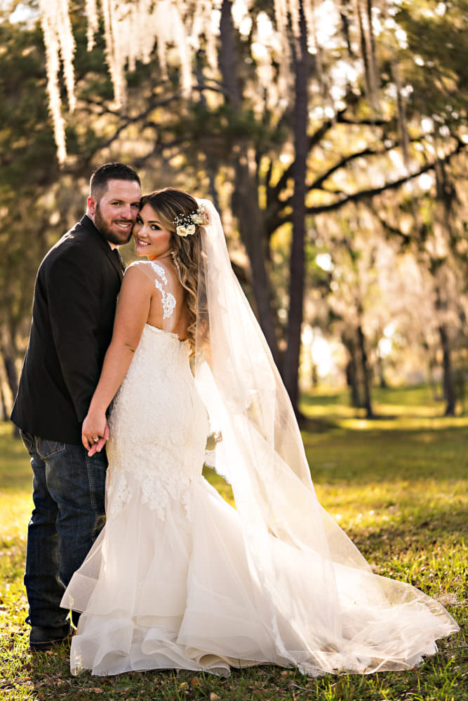 Caitlin-Kevin-61-Santa-Fe-River-Ranch-Florida-Wedding-Photographer-Stout-Studios