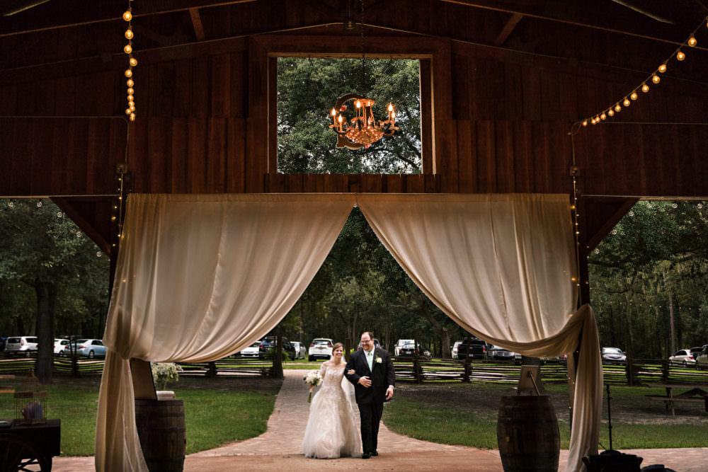 Kelly-Jason-24-Diamond-D-Ranch-Jacksonville-Wedding-Photographer-Stout-Studios
