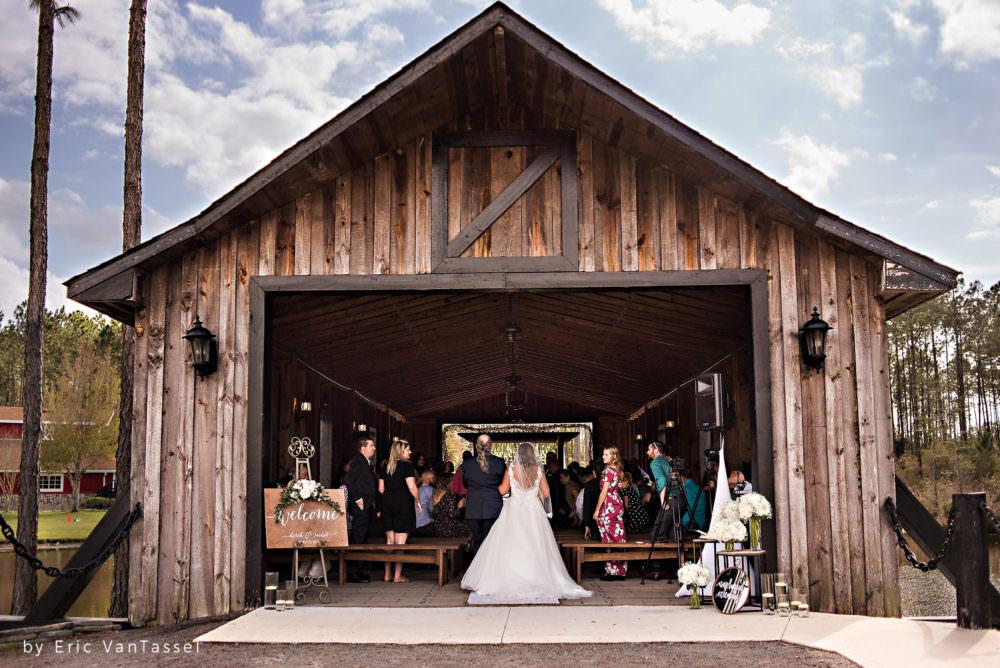Eric Portfolio-Rachel-Derek-45-Keeler-Property-Jacksonville-Wedding-Photographer-Stout-Photography