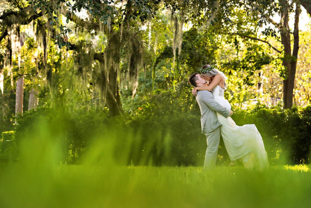 Breanna-Brandon-19-The-Florida-Yacht-Club-Jacksonville-Wedding-Photographer-Stout-Studios