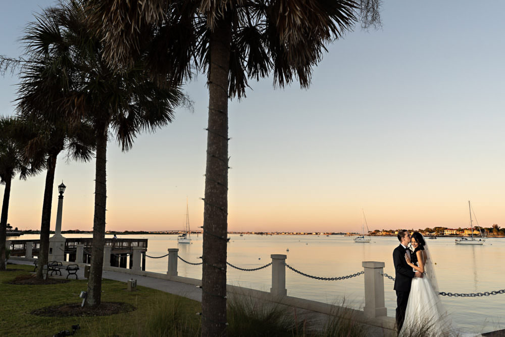 Lauren-Brandon-9-Jacksonville-Engagement-Wedding-Photographer-Stout-Studios