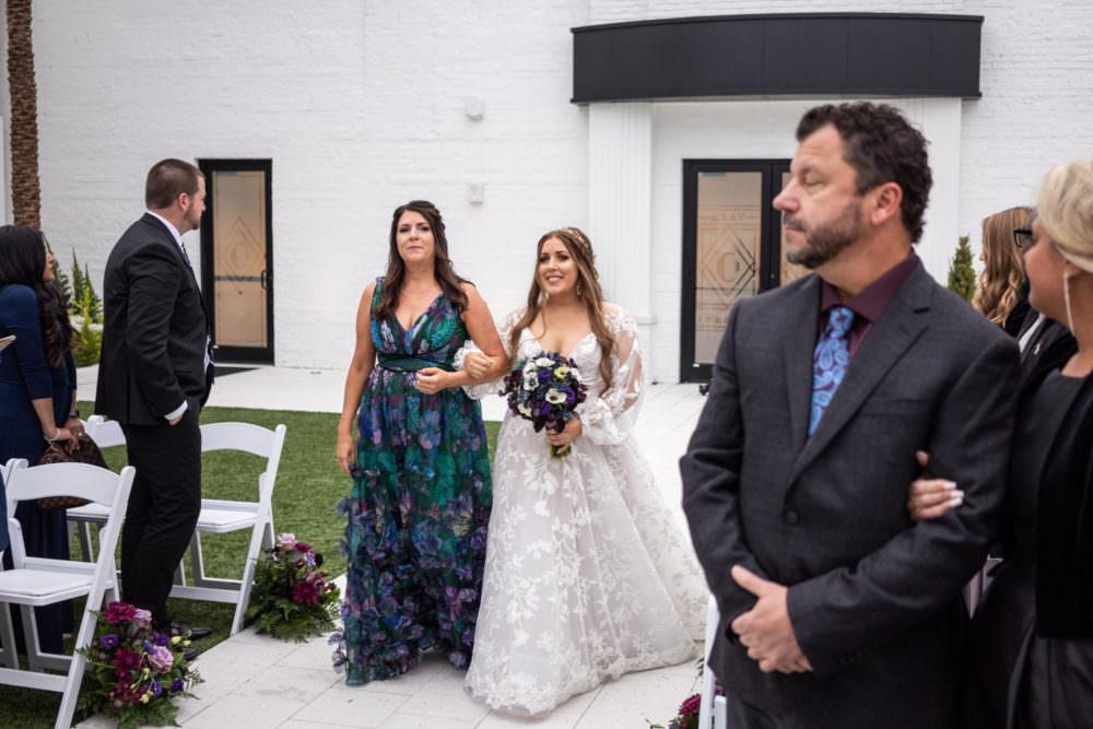 Dana-Erik-15-Clay-Theater-Jacksonviille-Wedding-Photographer-Stout-Studios