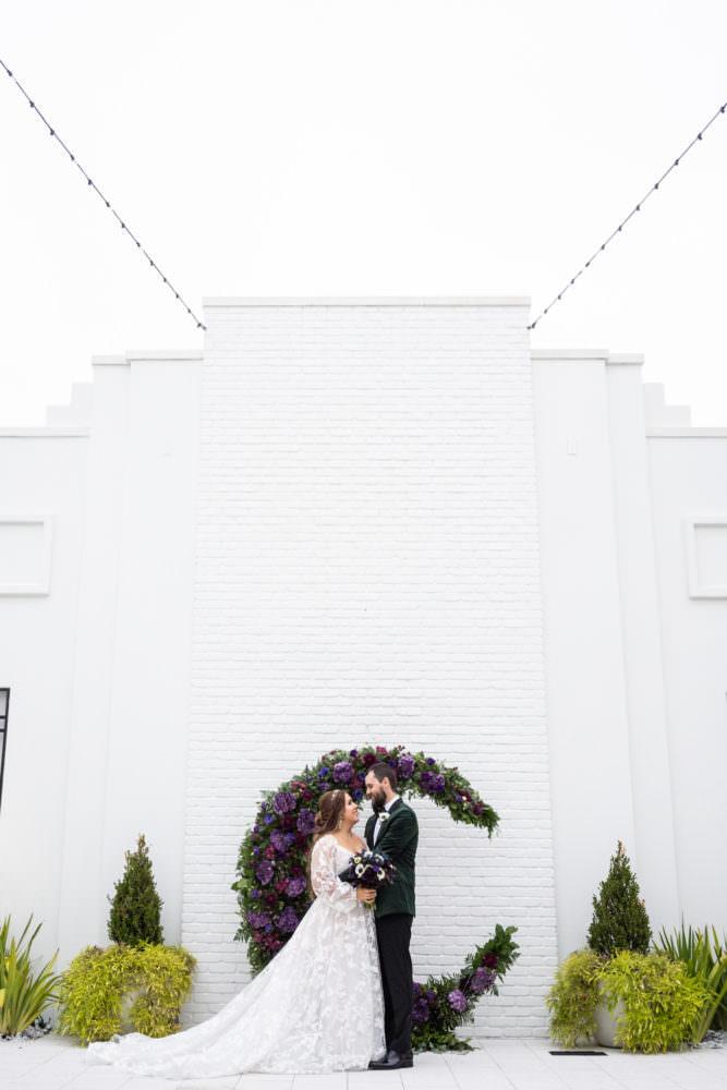Dana-Erik-21-Clay-Theater-Jacksonviille-Wedding-Photographer-Stout-Studios