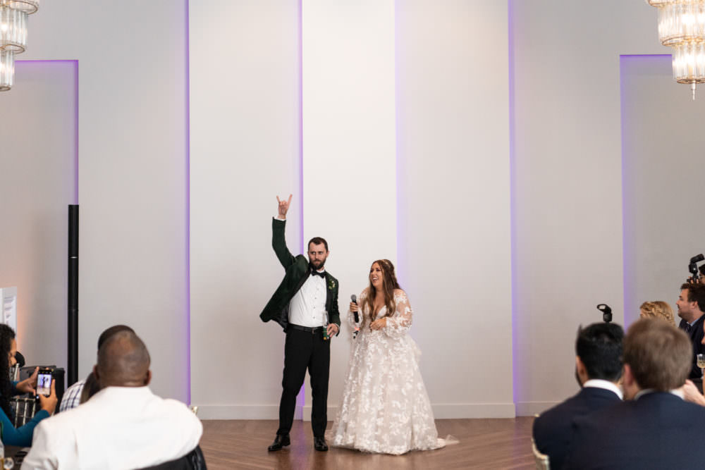 Dana-Erik-28-Clay-Theater-Jacksonviille-Wedding-Photographer-Stout-Studios