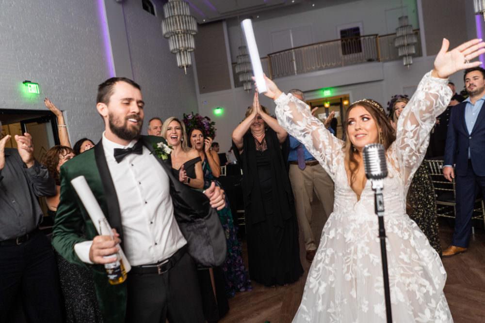 Dana-Erik-53-Clay-Theater-Jacksonviille-Wedding-Photographer-Stout-Studios