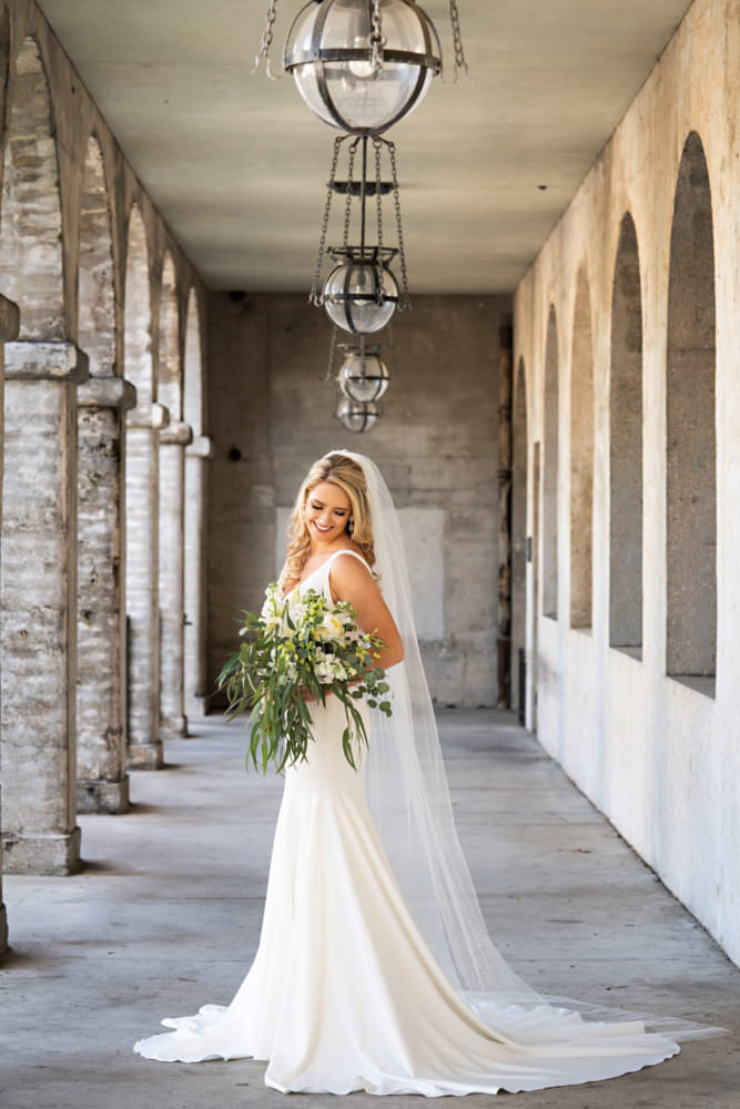 Allie-Russell-9-Lightner-Museum-St-Augustine-Wedding-Photographer-Stout-Studios-667x1000