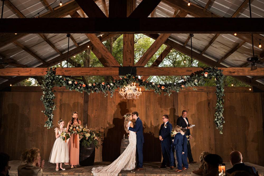 Faith-Alex-15-Bowing-Oaks-Jacksonville-Wedding-Photographer-Stout-Studios