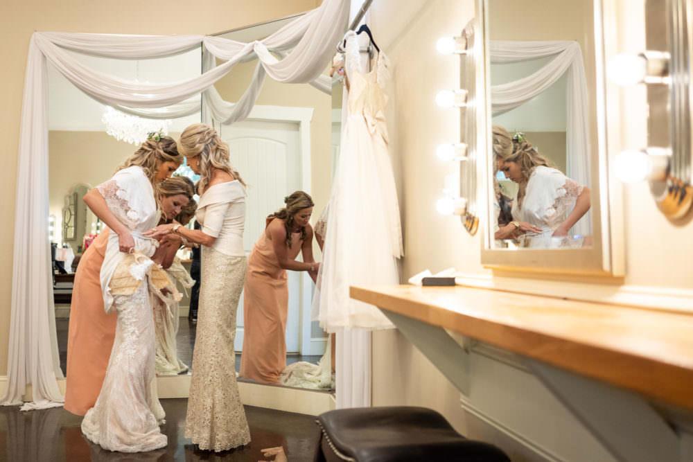 Faith-Alex-2-Bowing-Oaks-Jacksonville-Wedding-Photographer-Stout-Studios