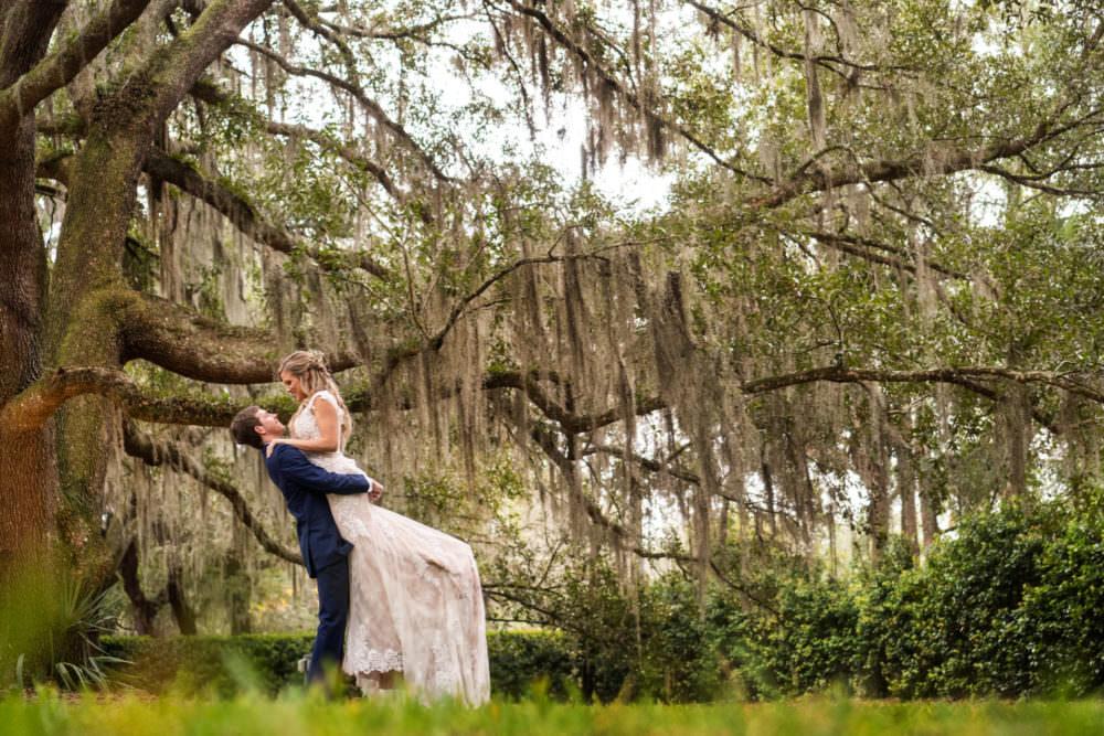 Faith-Alex-20-Bowing-Oaks-Jacksonville-Wedding-Photographer-Stout-Studios