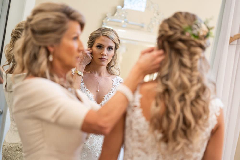 Faith-Alex-3-Bowing-Oaks-Jacksonville-Wedding-Photographer-Stout-Studios