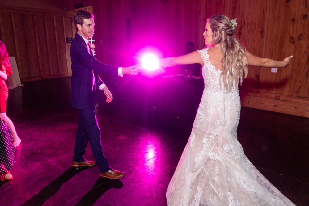 Faith-Alex-40-Bowing-Oaks-Jacksonville-Wedding-Photographer-Stout-Studios