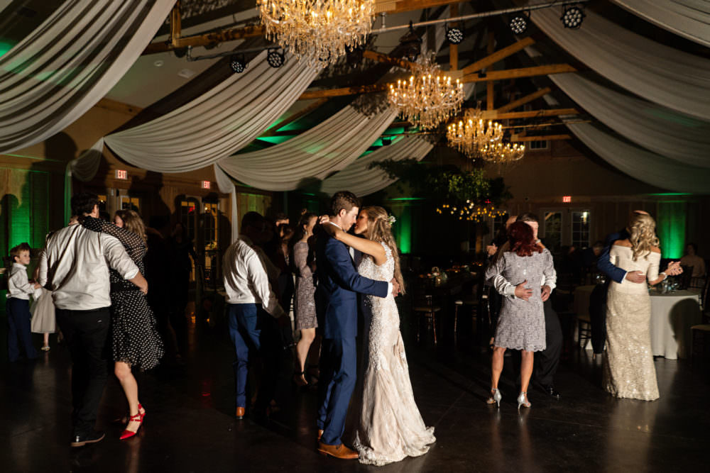 Faith-Alex-44-Bowing-Oaks-Jacksonville-Wedding-Photographer-Stout-Studios
