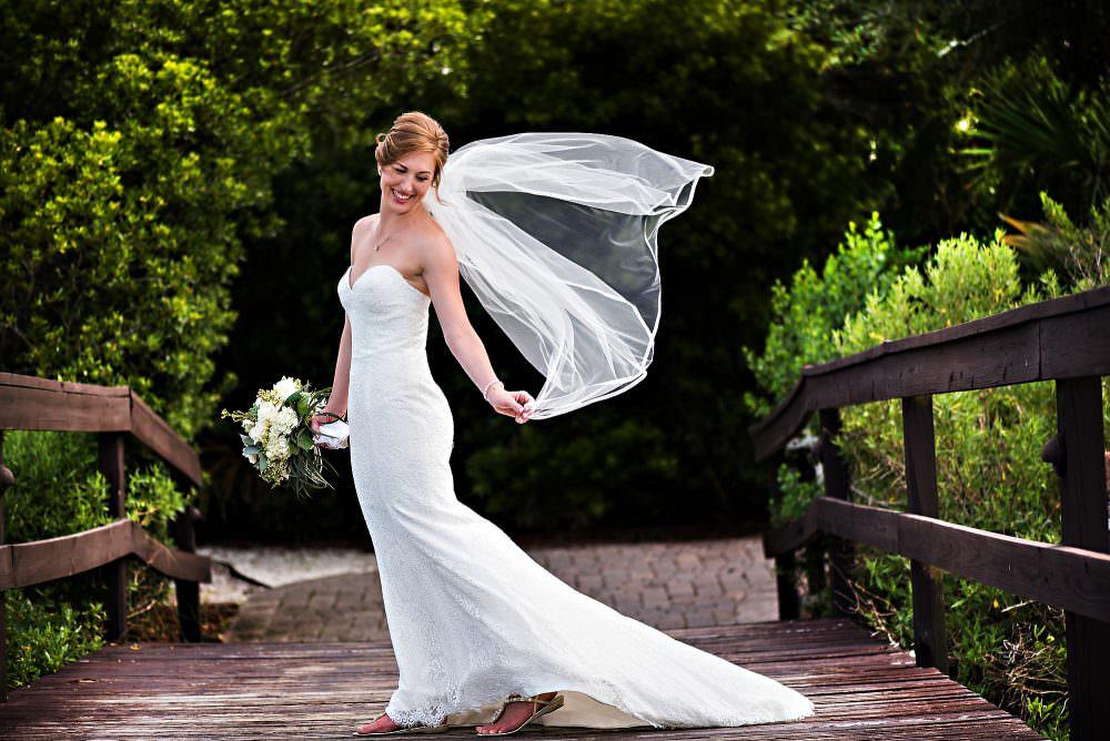 Jenn-Kent-16-Oyster-Bay-Yacht-Club-Wedding-Photographer-Stout-Photography-1000x668