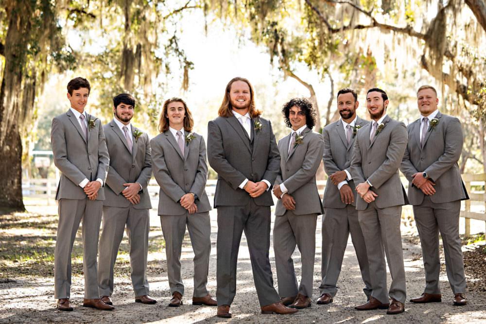 Amanda-Magnus-15-Chandler-Oaks-Jacksonville-Wedding-Photographer-Stout-Studios