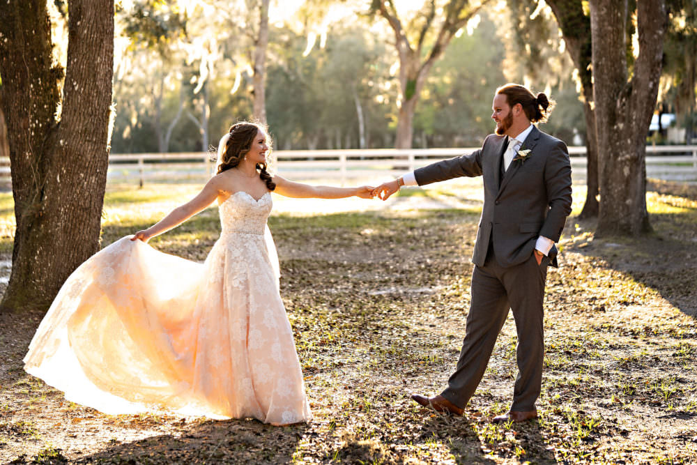 Amanda-Magnus-42-Chandler-Oaks-Jacksonville-Wedding-Photographer-Stout-Studios