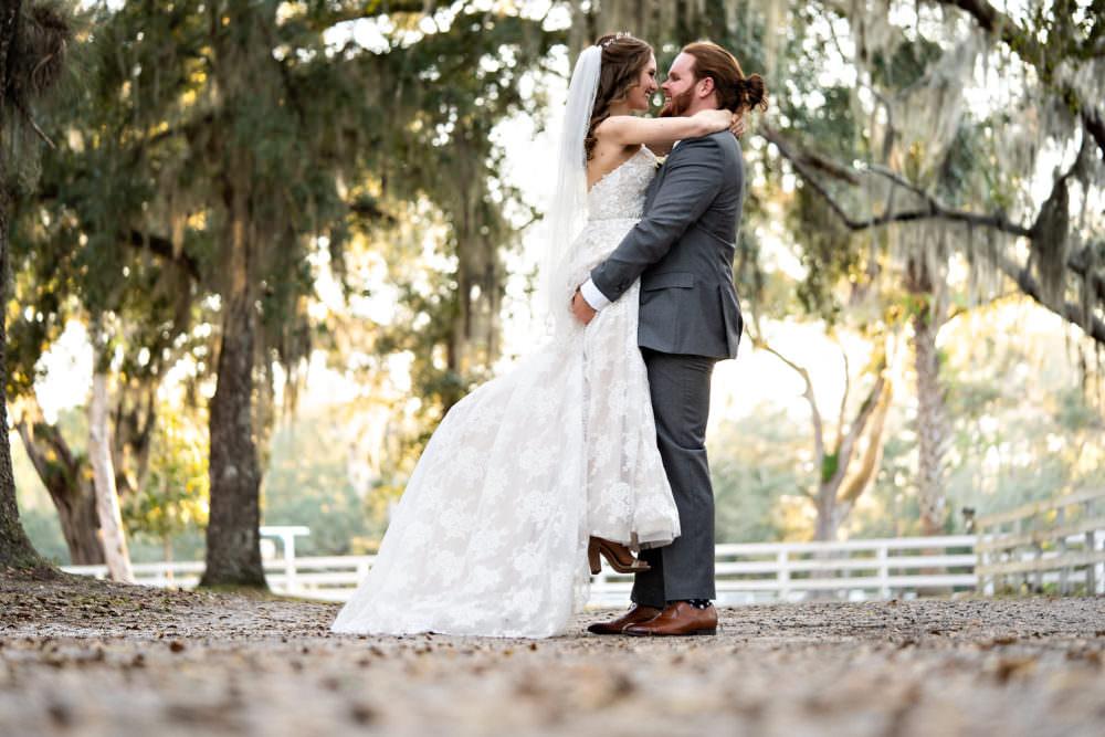 Amanda-Magnus-47-Chandler-Oaks-Jacksonville-Wedding-Photographer-Stout-Studios