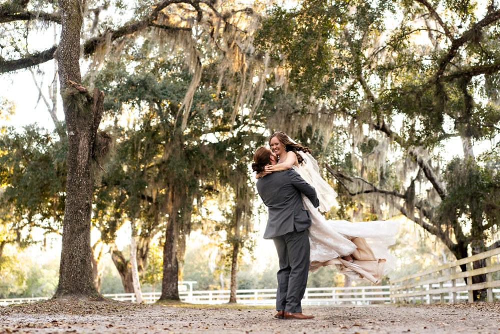 Amanda-Magnus-48-Chandler-Oaks-Jacksonville-Wedding-Photographer-Stout-Studios
