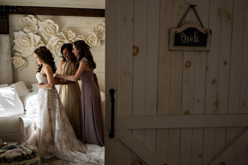 Amanda-Magnus-5-Chandler-Oaks-Jacksonville-Wedding-Photographer-Stout-Studios