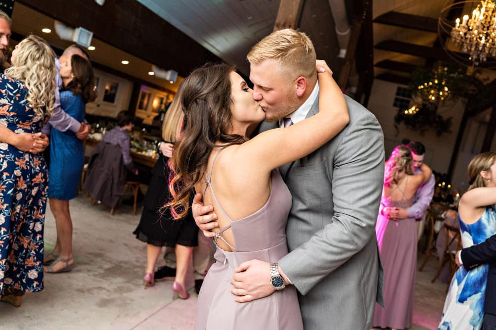 Amanda-Magnus-66-Chandler-Oaks-Jacksonville-Wedding-Photographer-Stout-Studios