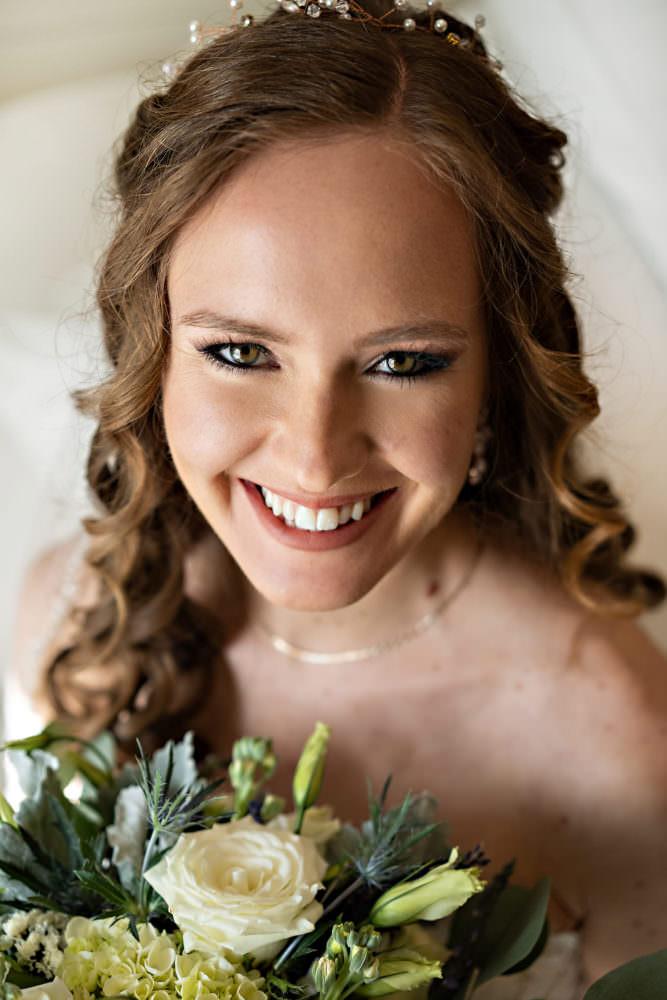Amanda-Magnus-7-Chandler-Oaks-Jacksonville-Wedding-Photographer-Stout-Studios
