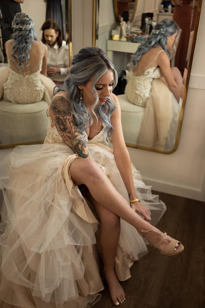Emily-Justin-17-The-Clay-Theatre-Jacksonville-Wedding-Photographer-Stout-Studios