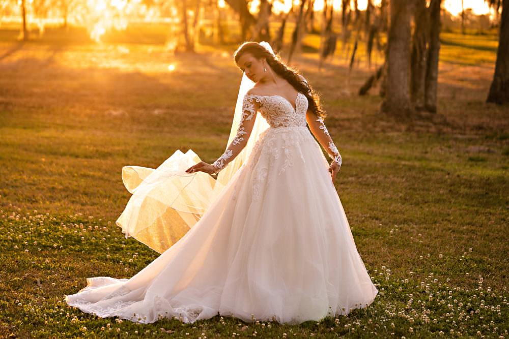 Vanessa-Jonathan-24-Santa-Fe-River-Ranch-Wedding-Photographer-Stout-Studios