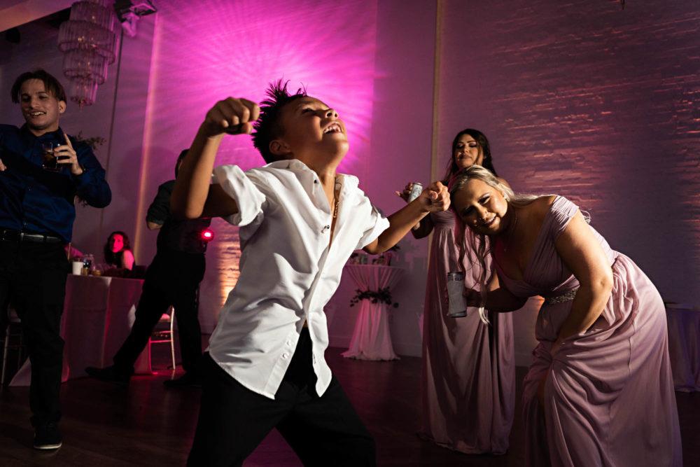 Christina-Alejandro-67-The-Clay-Theatre-Jacksonville-Wedding-Photographer-Stout-Studios