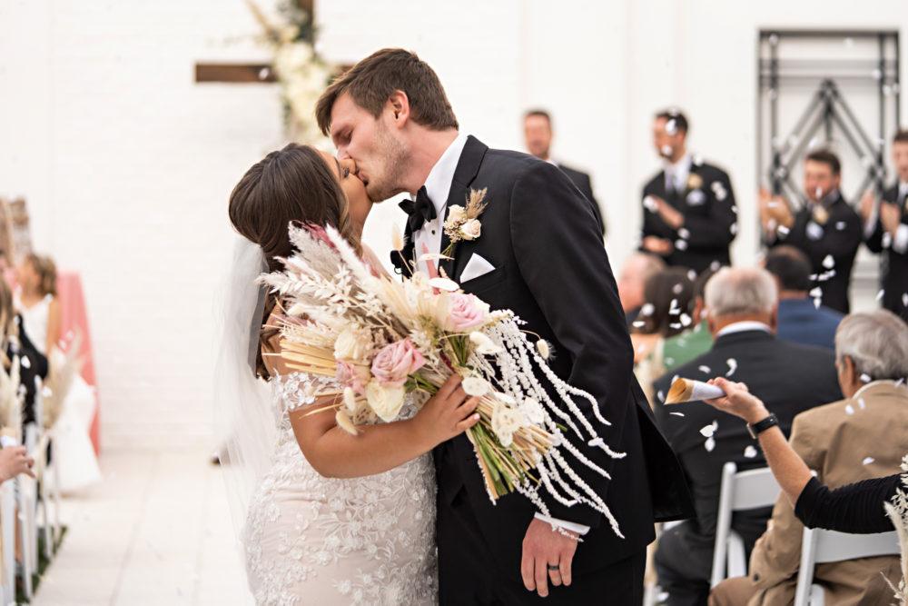 Whitney-Christian-17-The-Clay-Theatre-Jacksonville-Wedding-Photographer-Stout-Studios