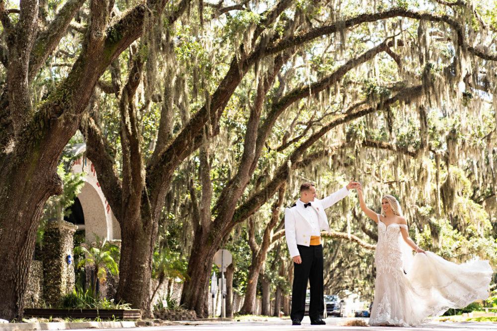 Savanna-Will- 15-The-White-Room-St-Augustine-Wedding-Engagement-Photographer-Stout-Studios