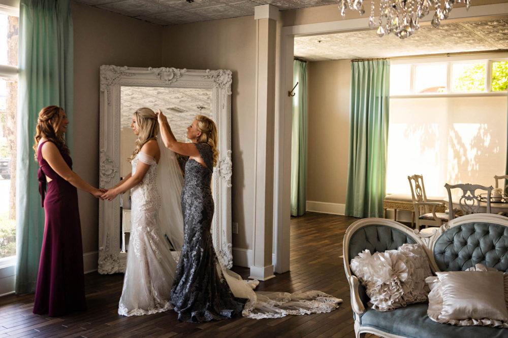 Savanna-Will- 2-The-White-Room-St-Augustine-Wedding-Engagement-Photographer-Stout-Studios